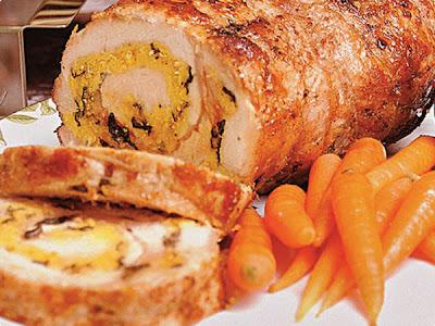 de carne assada de panela recheada com bacon pimentão