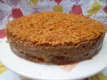 como deixar a massa do bolo molhada