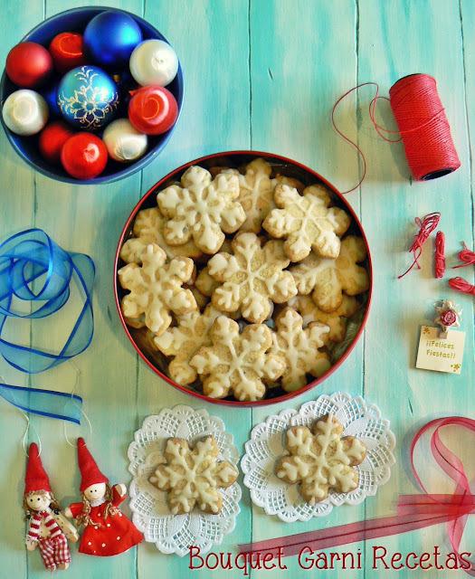 Receta de Navidad. Galletas de almendras, limón y cardamomo