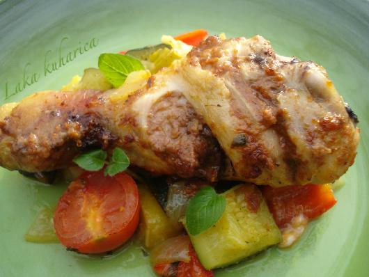 Pileći pesto bataci s miješanim povrćem :: Pesto grilled chicken drumsticks with mixed vegetables