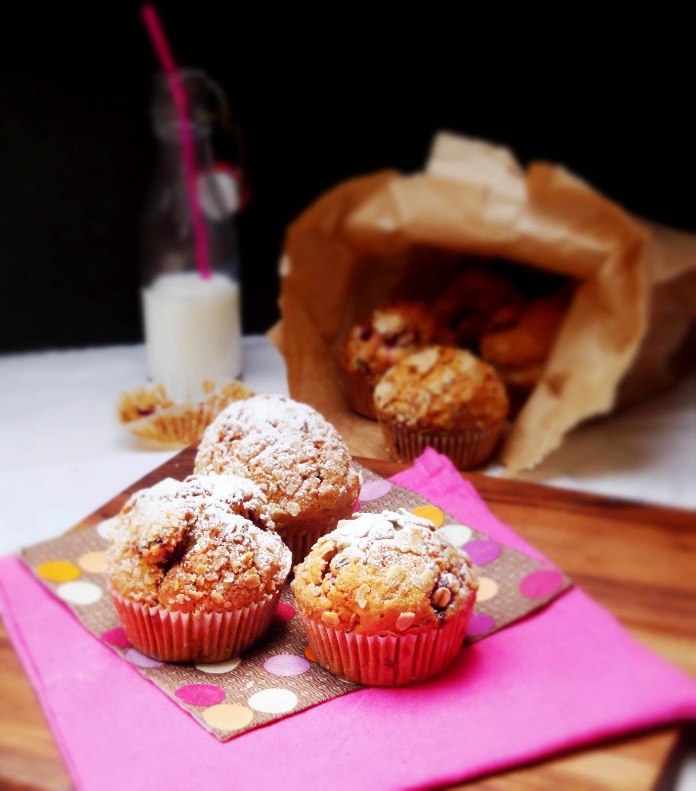 Muffins au yaourt, framboises et flocons d'avoine