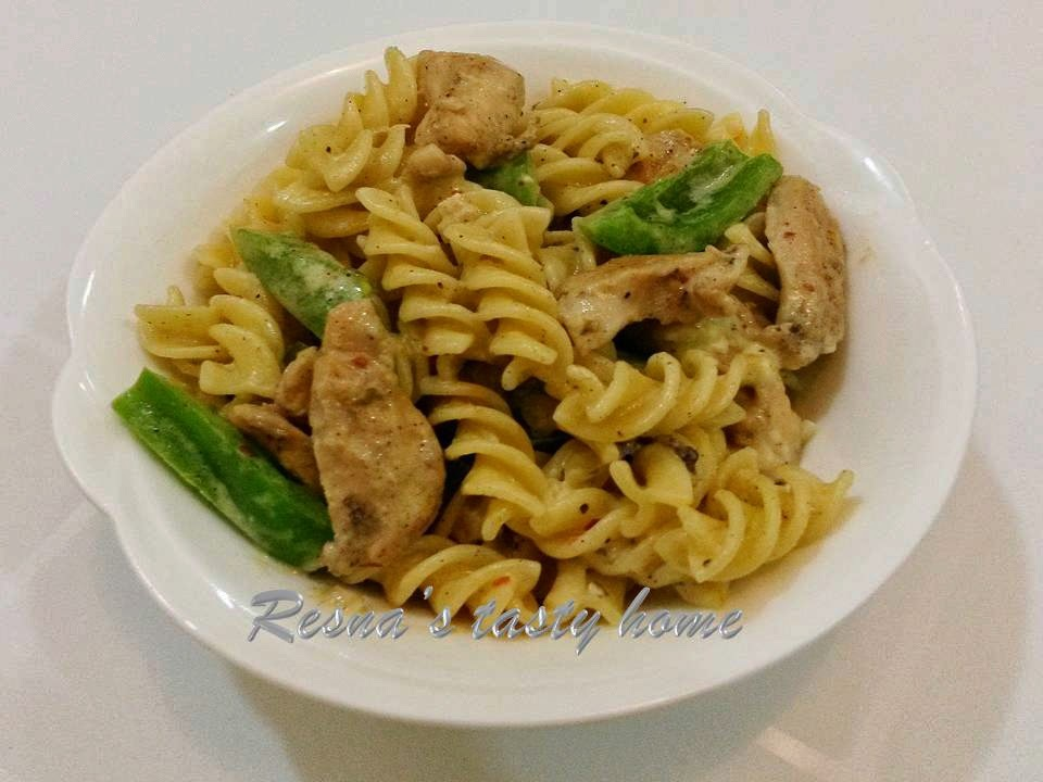 Chicken pasta with cheese