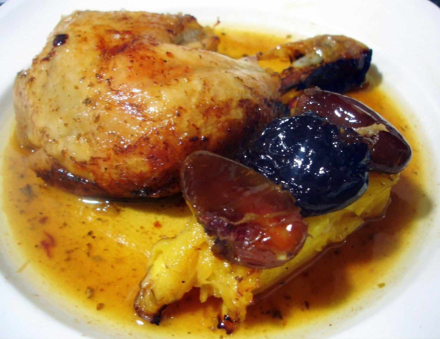 Pollo con Frutos Tropicales Secos