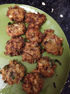 Cabbage Pakoda/Cabbage Fritters