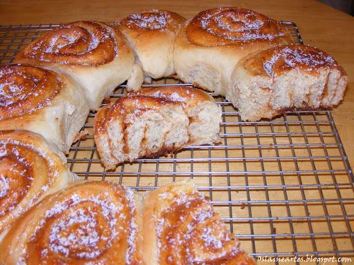 pão caseiro recheado doce