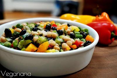 Salada de Feijões com Molho Cítrico