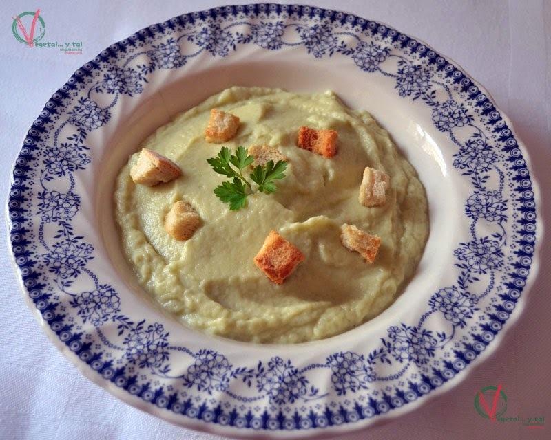Crema de coliflor y roquefort