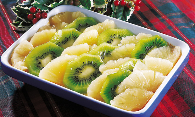 Enformado de pão com abacaxi