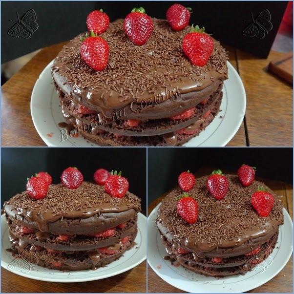 Bolo de Chocolate Maravilhoso sem glúten sem lactose e sem açúcar e Comemorando 1 Ano