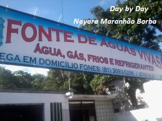 DE UMA CASINHA DE CACHORRO PARA UM DEPÓSITO DE ÁGUA MINERAL.