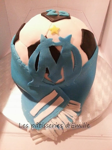 Gâteau OM ballon 3D