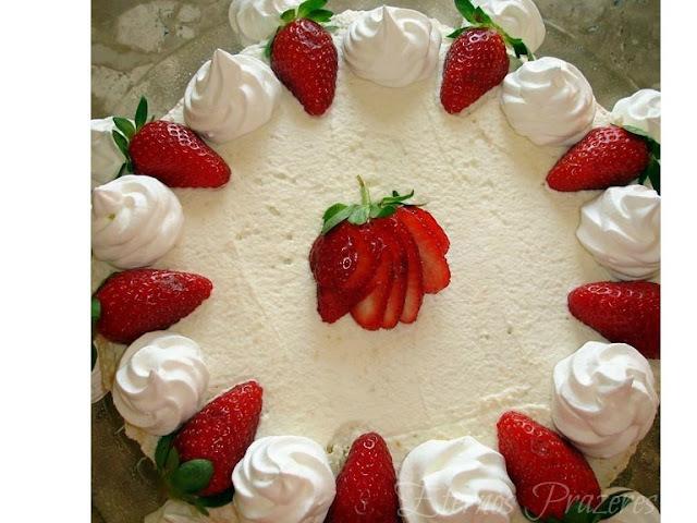 Torta do Amor...ou Torta de Morangos, se você preferir