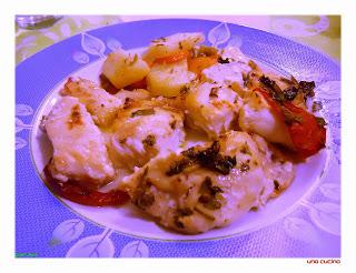 Ψάρι Φέτες στο Φούρνο με Ντομάτα (ΣΠΕΤΣΙΩΤΑ)