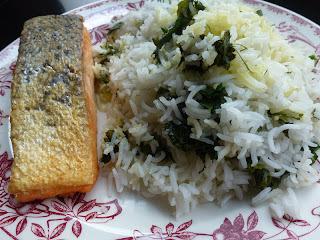Riz aux herbes à l'iranienne et poisson frit (Sabzi polo mahi)