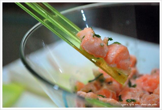 frescura bem-vinda: tartare de salmão