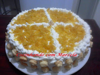 dicas para decorar bolo com chantilly com papel de arroz