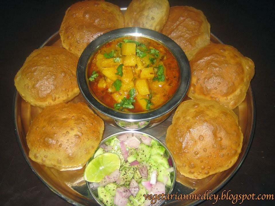 Gujarati Sweet & Sour Potato Curry (Khatta-Mitha Bataka Nu Shaak)
