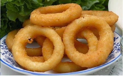 Anéis de Cebola (Onion Rings), uma ótima pedida para receber amigos!