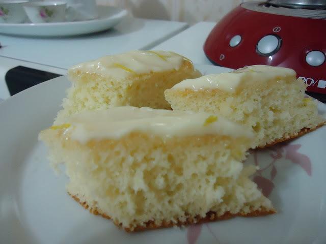 bolo simples de limão de liquidificador e com oleo