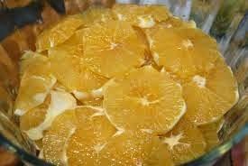 saladas de frutas para acompanhamento de pratos salgados