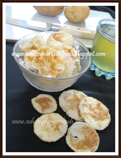Microwave Potato Wafers | No-Fry Potato Chips in Microwave