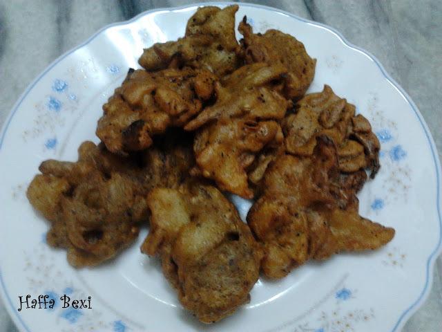 Gram Flour Fritters (Baysan k Pakoray )