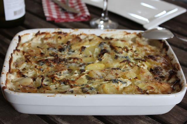 Gratin de pommes de terre, chou et Saint-Agur