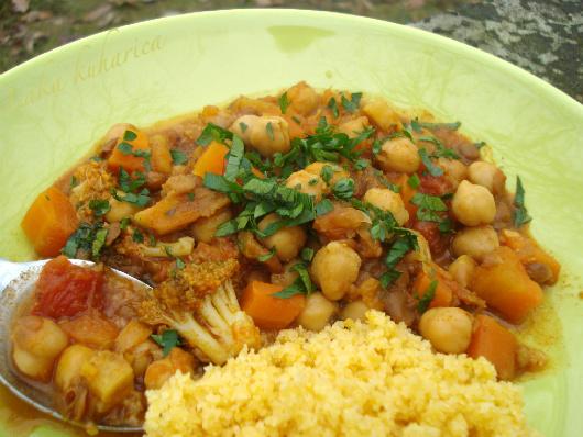 Marokanski gulaš sa slanutkom i lećom :: Moroccan chickpea and lentil stew