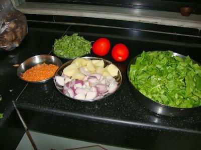 Sindhi palak potato subji
