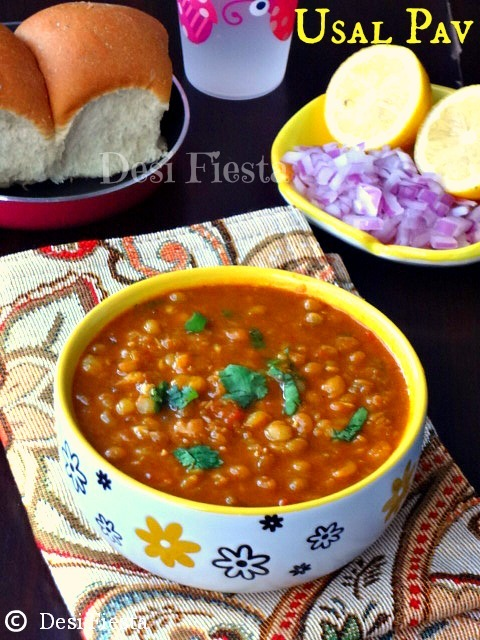 Usal Pav / Misal Pav (With White Peas)
