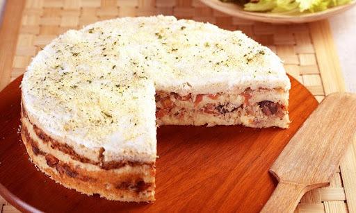 Torta de Atum e Pão