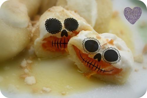 Ovocné knedlíky - Meruňkové knedlíky z odpalovaného těsta
