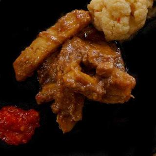 indonesisch:Tofu in Erdnusssauce