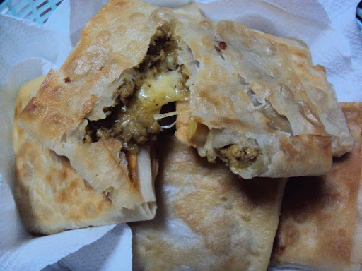 cheese and chicken samosa