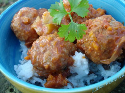 Turske baharat ćuftice s pilavom :: Turkish baharat meatballs with lentil pilaf