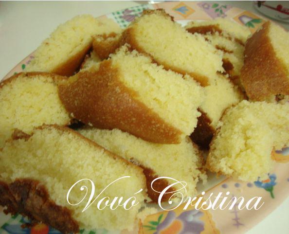 bolo de aniversario caseiro simples