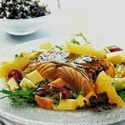 Salada de Salmão Grelhado