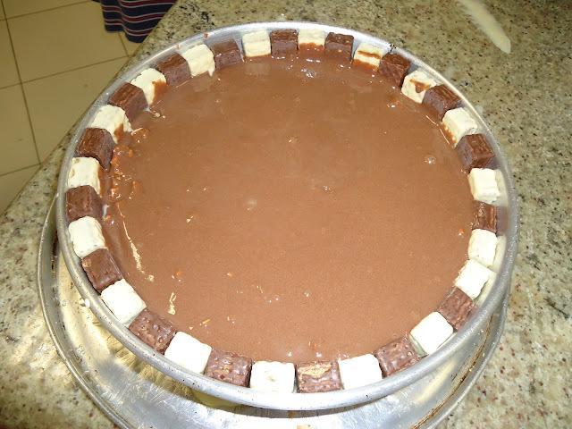 Torta de Bis e M & M - Perfeita, não fosse uma falha minha....