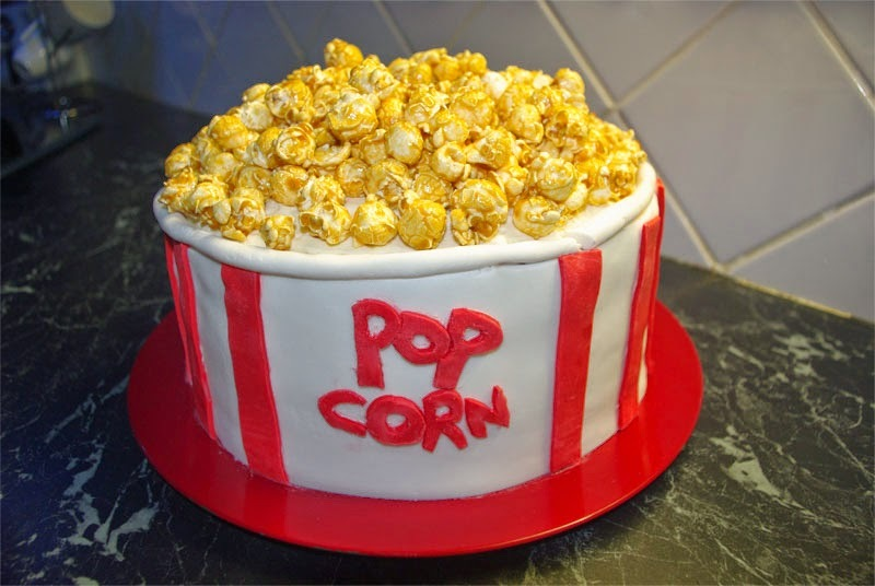 Pop Corn Red Velvet Cake