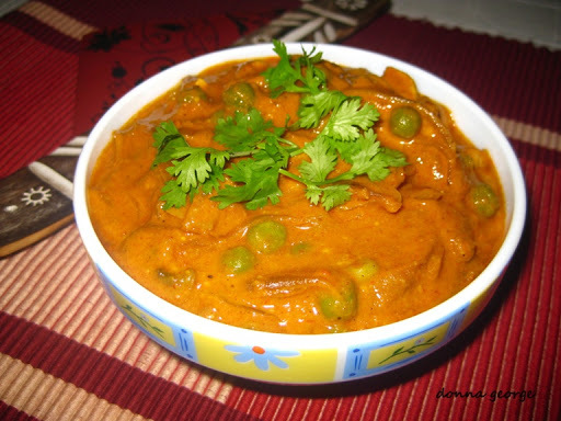 how to prepare mushroom gravy for chapathi in Kannada