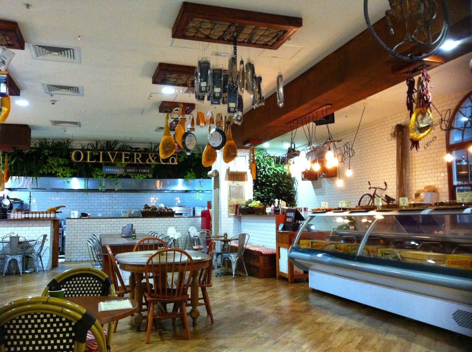 Oliver & Co, Indooroopilly Shoppingtown