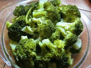 Tortilla de Brócoli y Ensalada Tibia de Diego