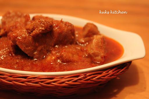 Vindaloo pork - featuring dry red chillies  l  Kukskitchen