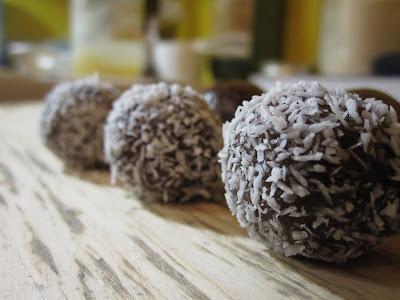 Menú del día: Bolitas de mantequilla de maní a la algarroba