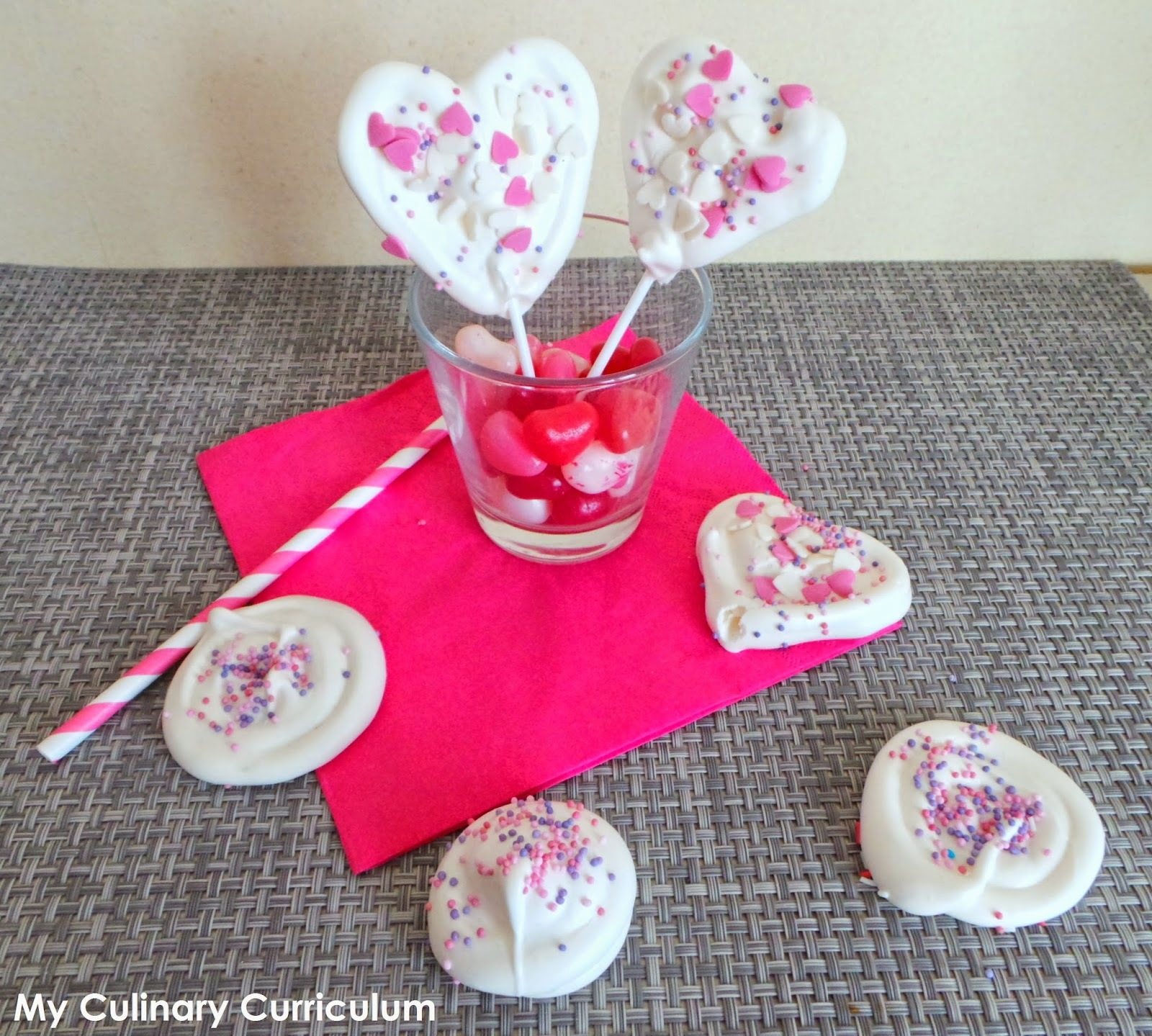 Sucettes de mernigues coeur (Heart lollipops meringues)