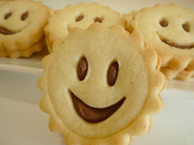 """Galetes """"happy"""" de mantega amb Nutella"""