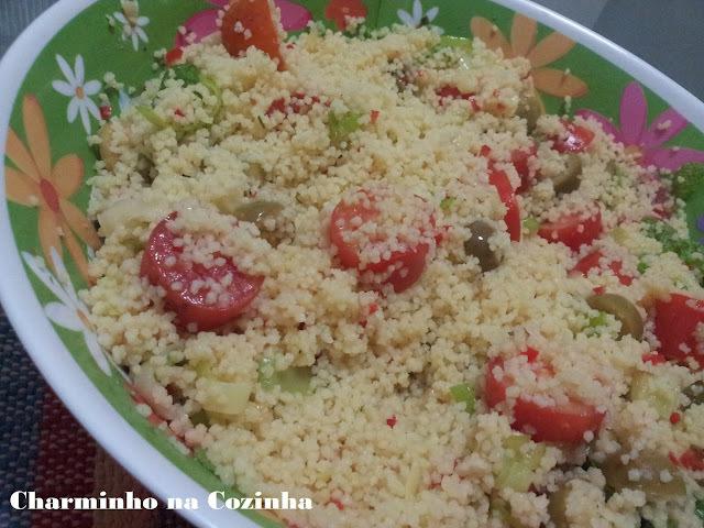 Salada de couscous marroquino