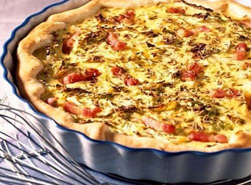 Pastel de puerros y bacon facil