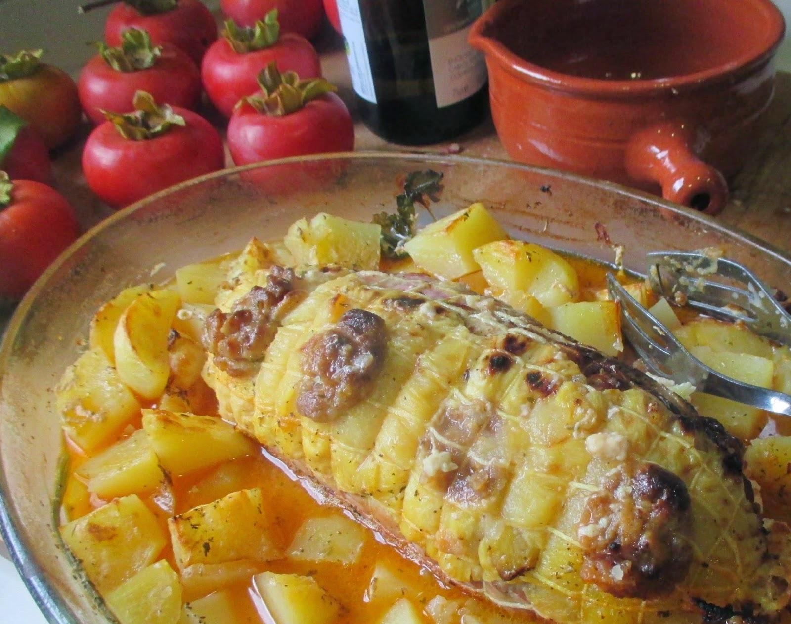 Lombo de Porco Recheado no Forno com Batatas