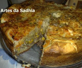 Torta de carne moida ( um coringa para a dona de casa )